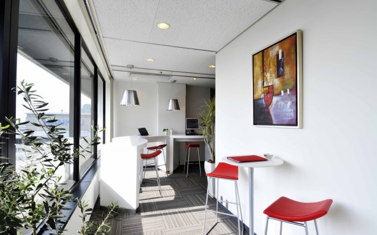 Leaving the Café Behind With The Regus Business World Card