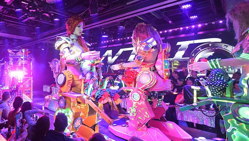 Rediscovering Tokyo S Robot Restaurant Gaijinpot