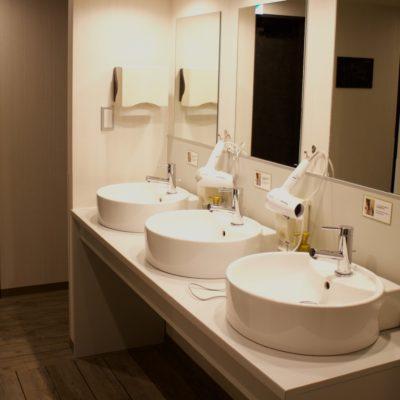 Hotel Uno Ueno bathroom