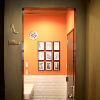 Hotel Uno Ueno bathroom doorway
