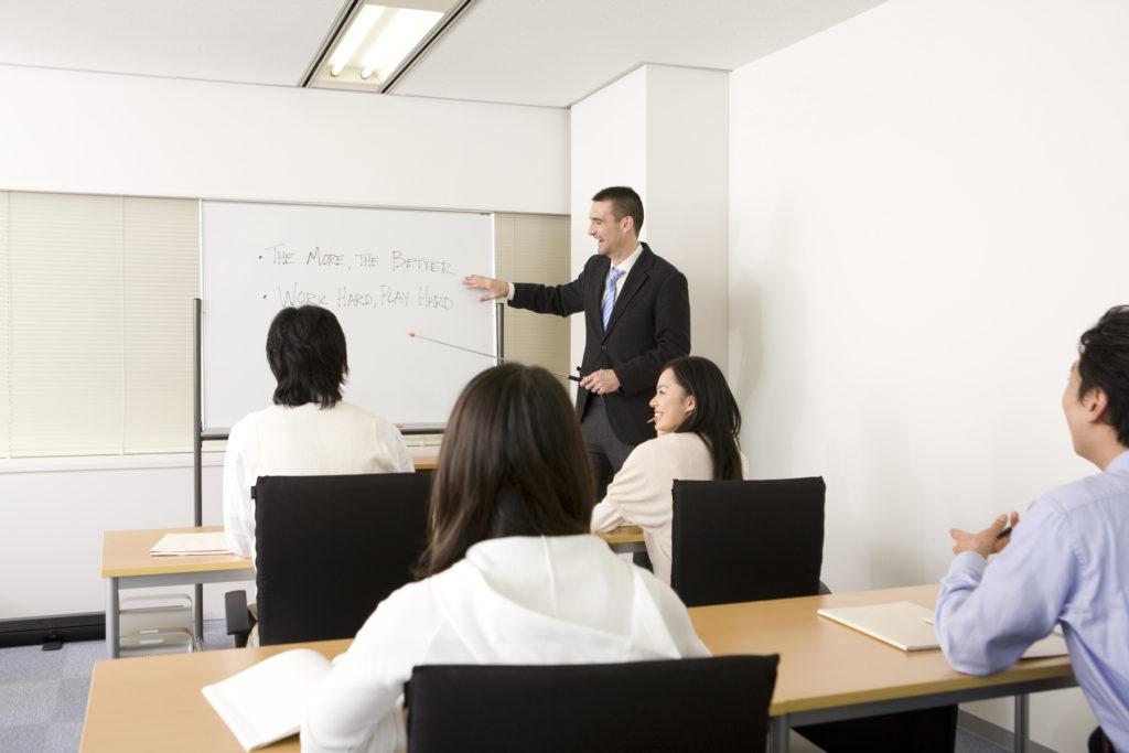 Kết quả hình ảnh cho College or Vocational Instructor canada