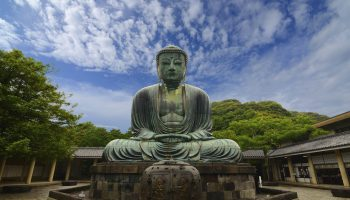 See the impressive stone Buddha at Kotukuin temple., Kamakura