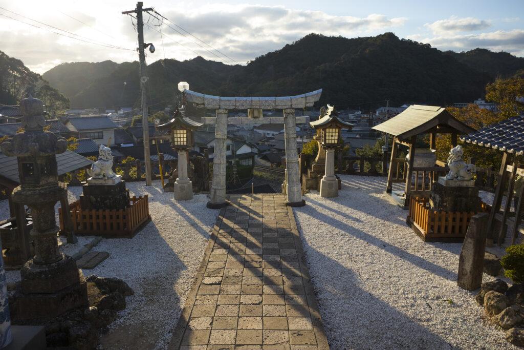 Tozan Shrine Saga