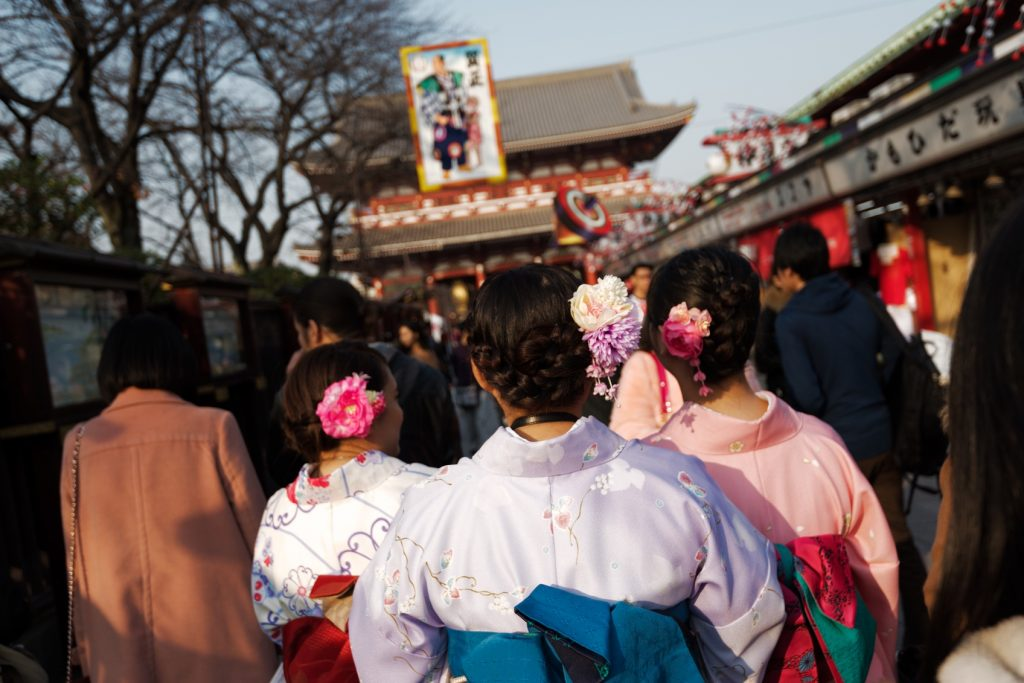 Top 10 Cultural Experiences in Japan: Don a Kimono