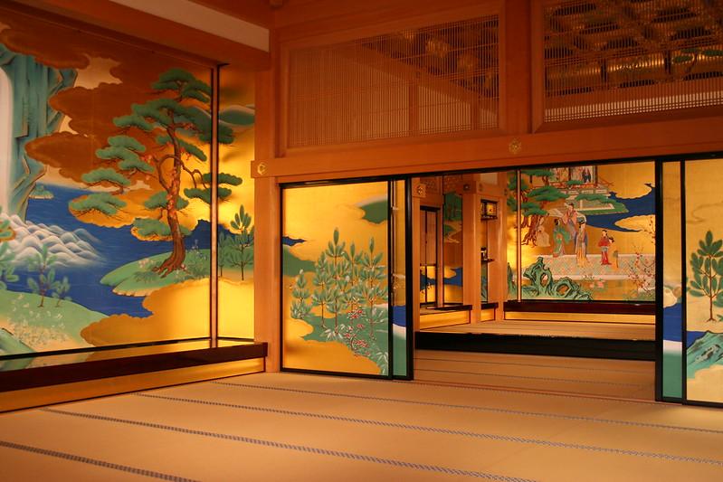 Kumamoto Castle's golden hall