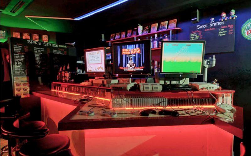 PC Bar and Retro Station
