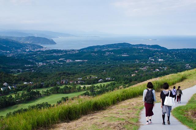 Hiking along Mount Omuro in Ito, Shizuoka