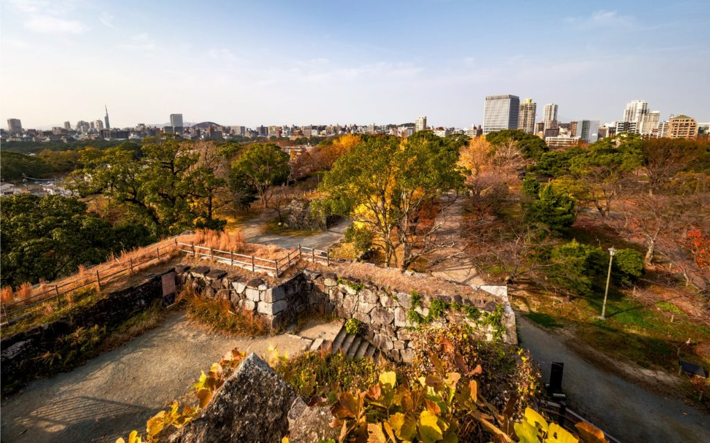 Top Spots to See Autumn Leaves in Kyushu Fukuoka Castle Ruins